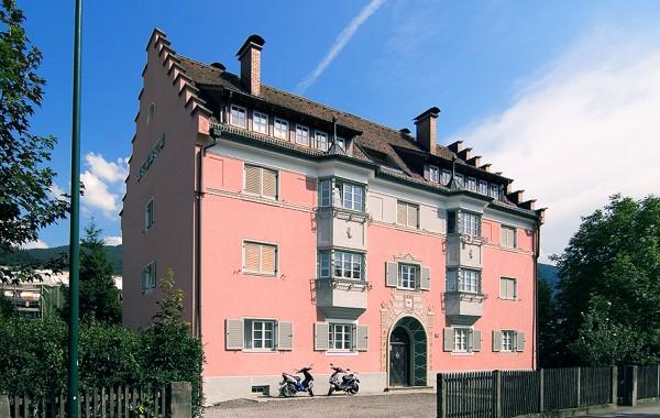 Finanzwohngebäude Feldgasse, Kufstein, 2001